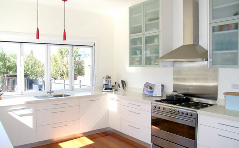 Polyurethane kitchens sydney aus joinery polyurethane for Kitchen showrooms sydney west